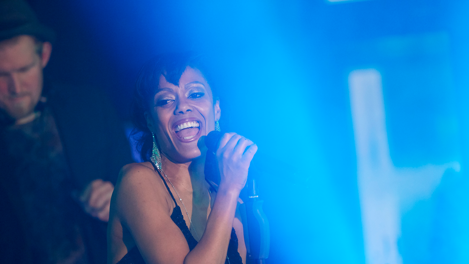 DJ-Neils-plus-Live-Acts-Eventband-Eventact-Online-Live-2021-01